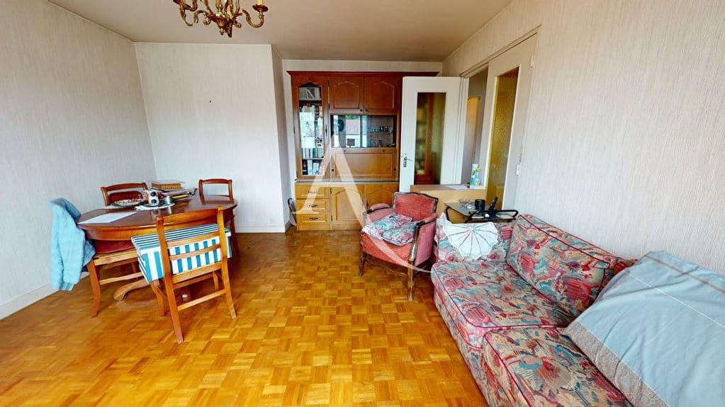 appartement a vendre alfortville: 4 pièces 75 m², séjour avec balcon, vue dégagée