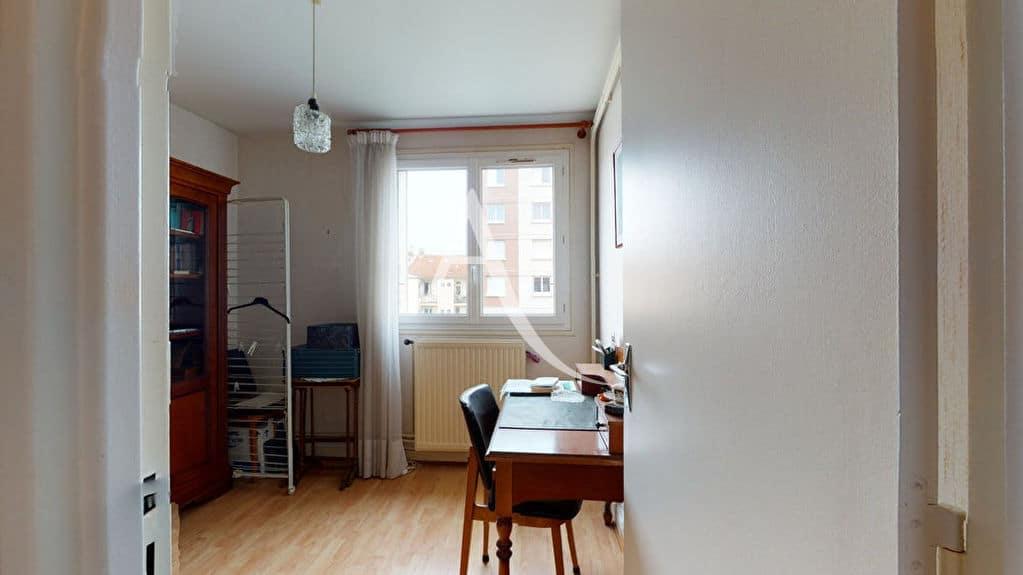 agence immobilière alfortville: 4 pièces 75 m², pièce aménagée en bureau
