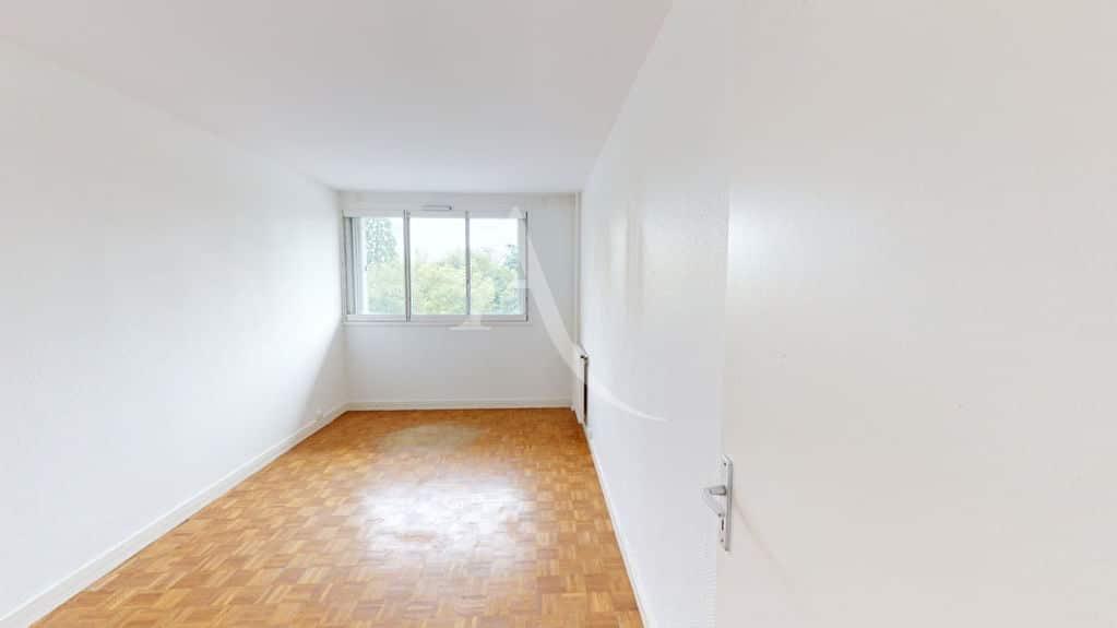 agence immobilière 94: 3 pièces 74 m², grand séjour lumineux