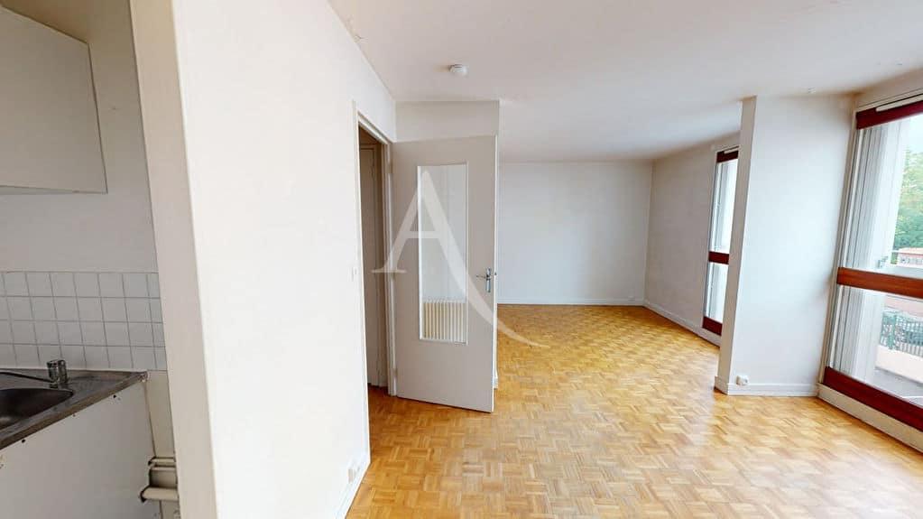 vente appartement 2 pieces alfortville: 2 pièces lumineuses 34 m² ouvertes