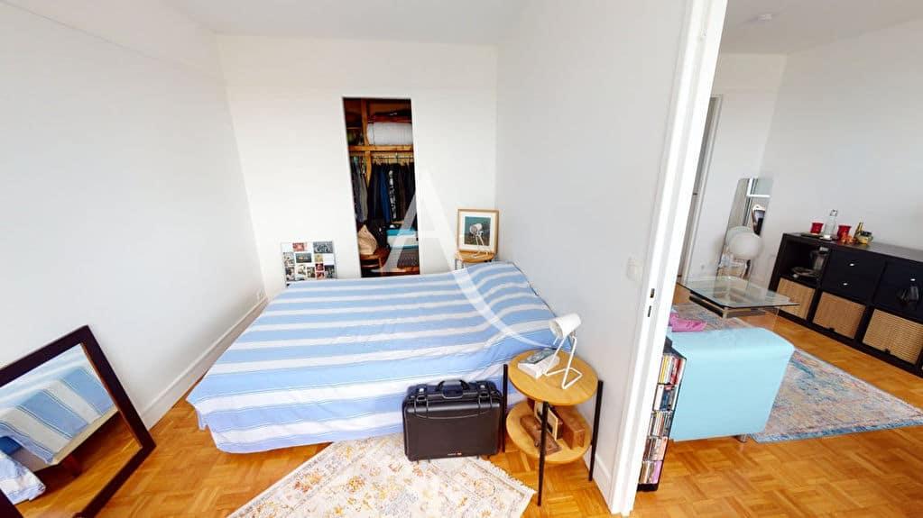 agence immo alfortville: 2 pièces 41 m², chambre claire avec dressing