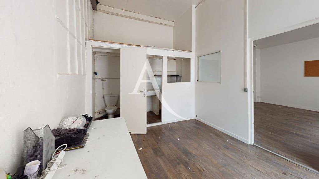 vente appartement 2 pieces alfortville: 2 pièces 48 m², pièce principale 3,37 m de hauteur
