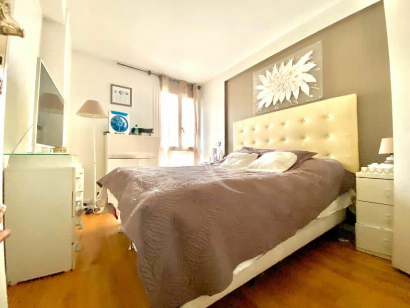 agence immobilière charenton-le-pont: 3 pièces 66 m², première chambre avec lit double