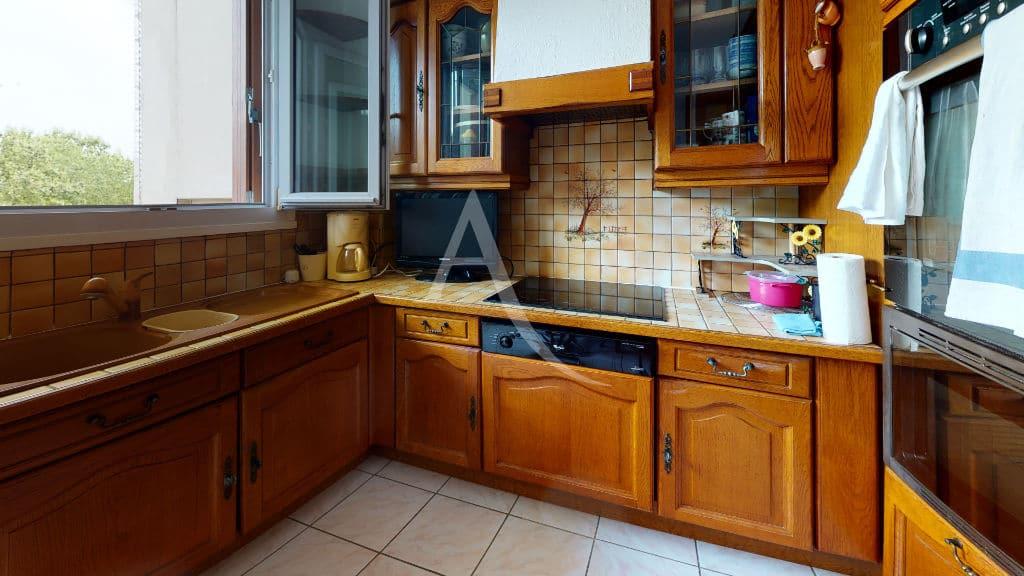 agence alfortville: 4 pièces 68 m², cuisine indépendante avec possibilité d'ouvrir sur le séjour