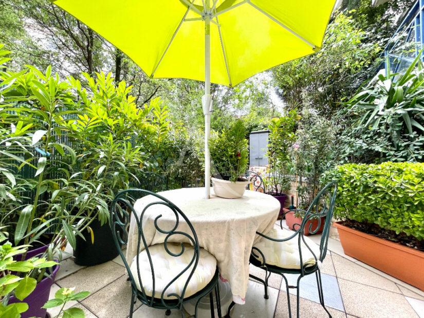 agences immobilières charenton le pont: 3 pièces 71 m², jardin de 37 m² joliment fleuri