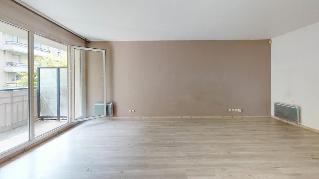 location appartement alfortville: 2 pièces 44 m², séjour avec accès balcon