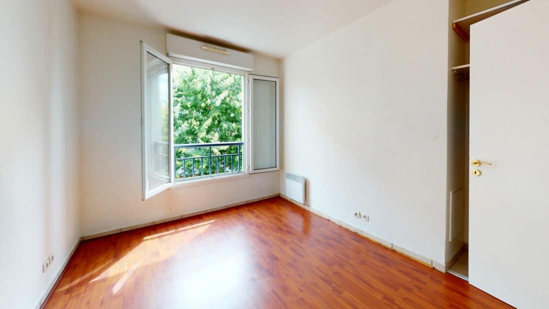 alfortville appartement location: 2 pièces 44 m², chambre à coucher, parquet au sol
