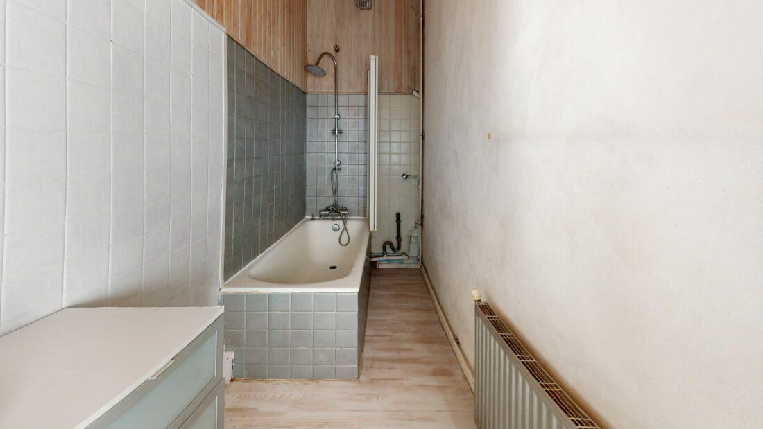 maison alfort appartement location: 3 pièces 52 m², salle de bains avec baignoire