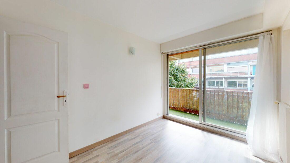 location appartement maison alfort: 2 pièces 37 m², chambre avec accès terrasse