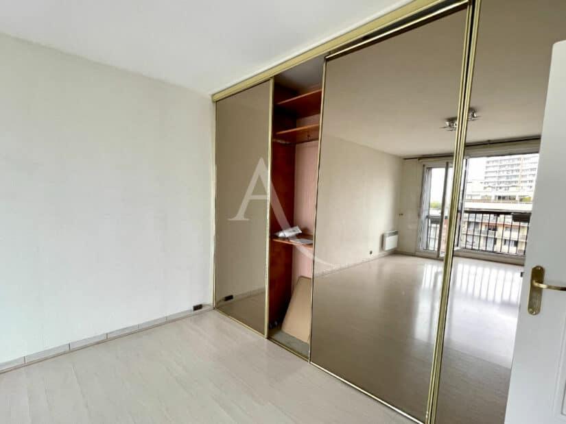 appartement à vendre à charenton le pont: 3 pièces 70 m², grand séjour avec rangements