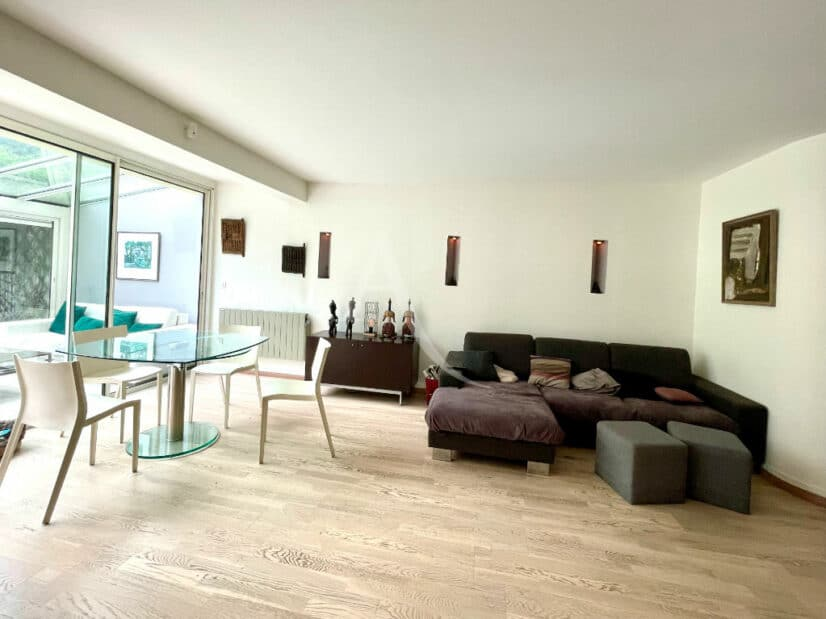 appartement à vendre à charenton-le-pont: 3 pièces 82 m², magnifique séjour très clair 52 m² avec véranda