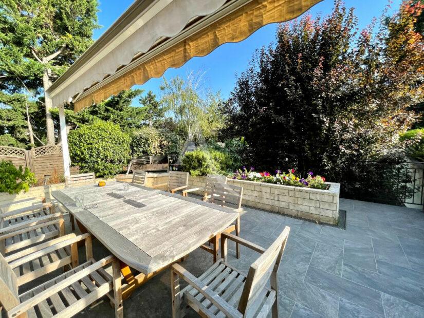 maison maison alfort: 6 pièces 140 m², terrasse sur  jardin 389 m² piscinable