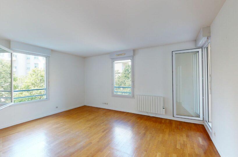 agence immo charenton le pont: location appartement 2 pièces 44 m², au 2e étage