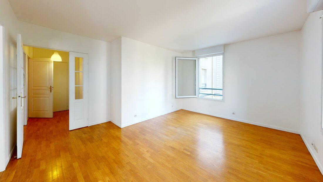location appartement charenton le pont: 2 pièces 44 m², à 7 min du métro l8 dans une très belle copropriété