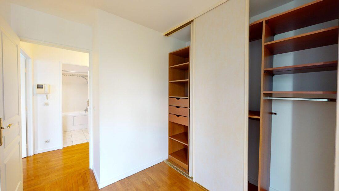 appartement charenton le pont: 2 pièces 44 m², au deuxième étage