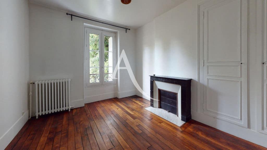 location immobiliere maisons alfort: 3 pièces 53 m², première chambre (sur 2)