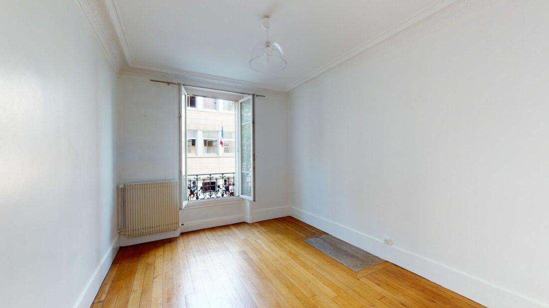 location appartement maisons alfort: 3 pièces 53 m², en excellent état
