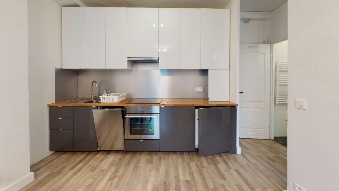agence immo charenton le pont: 2 pièces 32 m² meublé, séjour et cuisine ouverte équipée