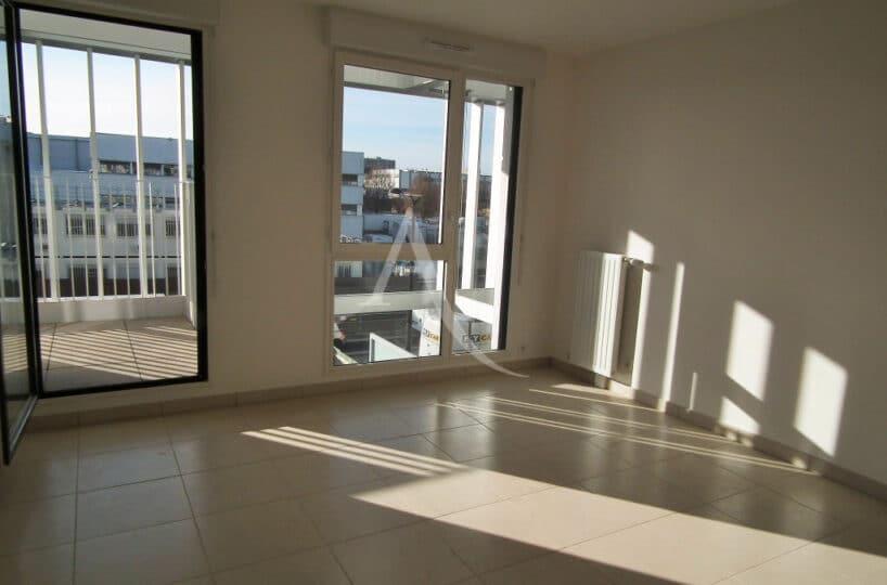 location appartement val de marne: 2 pièces 43 m² orienté sud ouest, résidence neuve