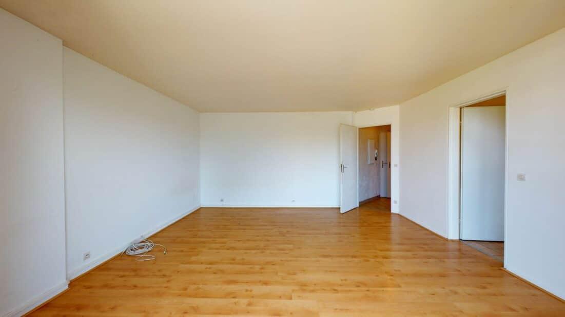 location appartement val de marne: 37 m², comprend séjour avec parquet, cuisine séparée aménagée