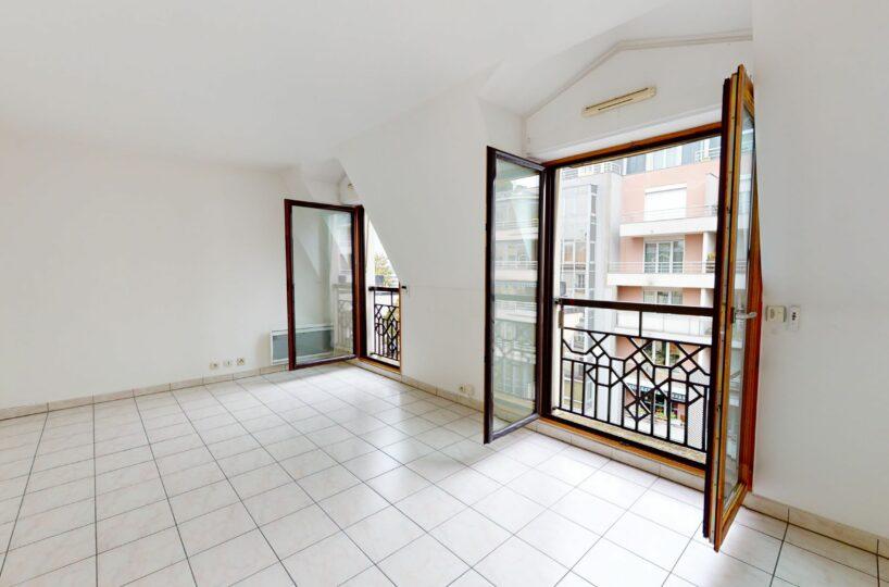 location charenton le pont: appartement 2 pièces 48 m², salon 18 m², cave, parking, proche métro liberté