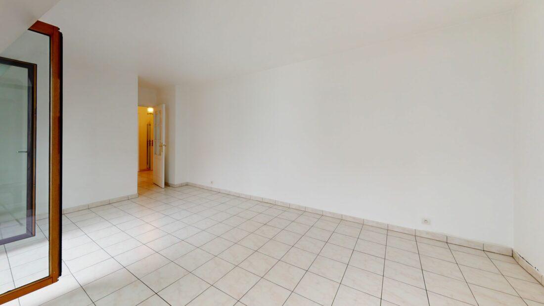 agence de location appartement: 2 pièces 48 m², entrée avec penderie, charenton le pont