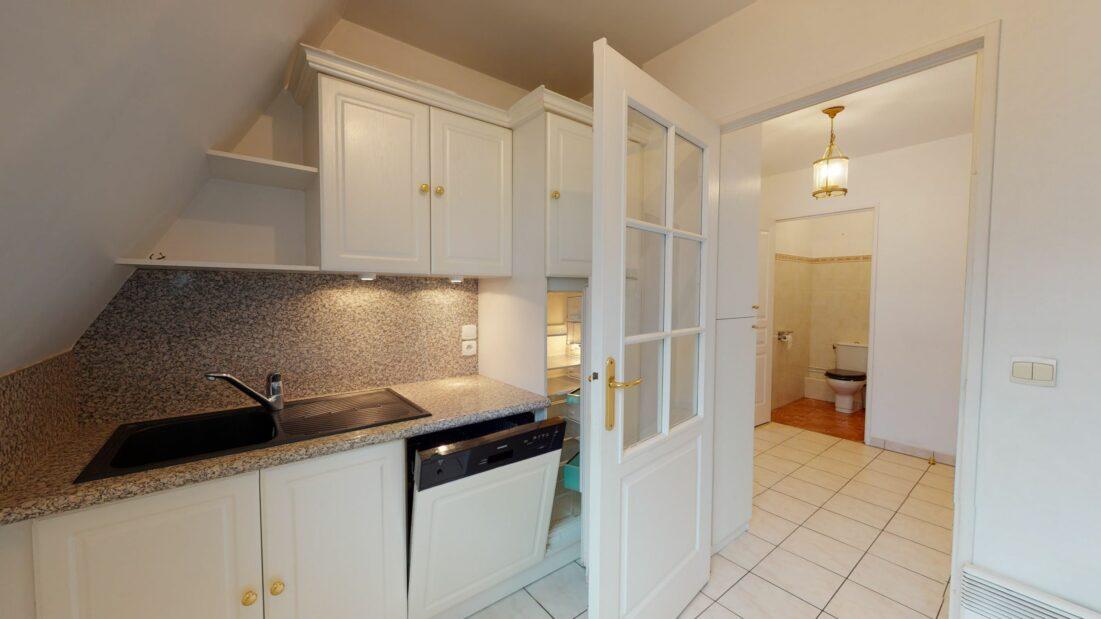 agence immobilière charenton-le-pont: 2 pièces 48 m²,  cuisine équipée avec lave-vaisselle