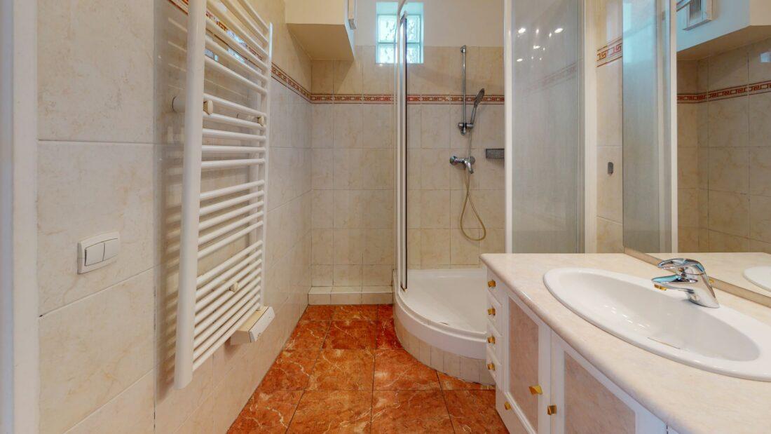 l adresse immobilier 94: 2 pièces 48 m², salle d'eau avec wc