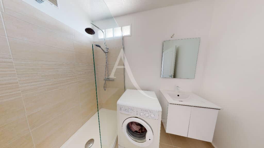 alfortville vente appartement: 4 pièces 65 m², salle d'eau avec douche italienne et branchements lave linge