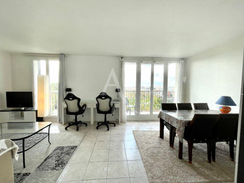 agence immobilière charenton-le-pont: 3 pièces 65 m²  meublé, proche métro l8