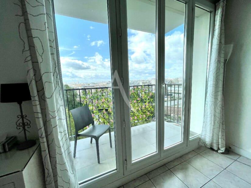 appartement charenton le pont: 3 pièces 65 m² meublé, séjour avec terrasse vue dégagée