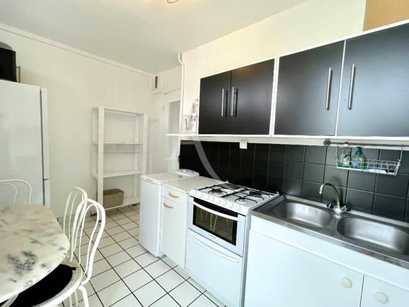 louer appartement à charenton-le-pont: 3 pièces 65 m², cuisine équipée (lave-vaisselle, four, plaques, lave-linge)