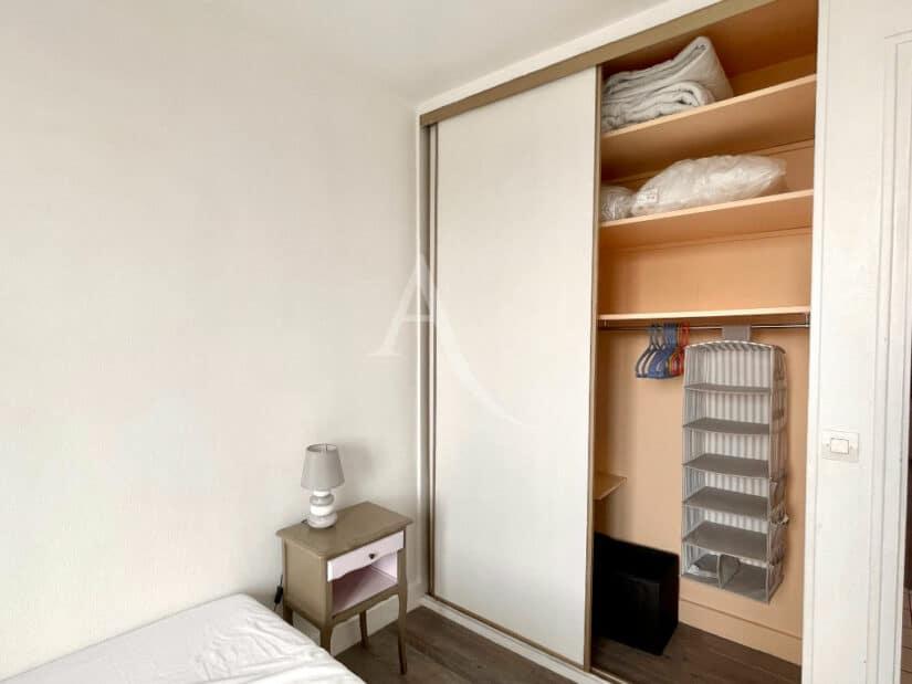 louer appartement à charenton le pont: 3 pièces 65 m² meublé, chambre parentale