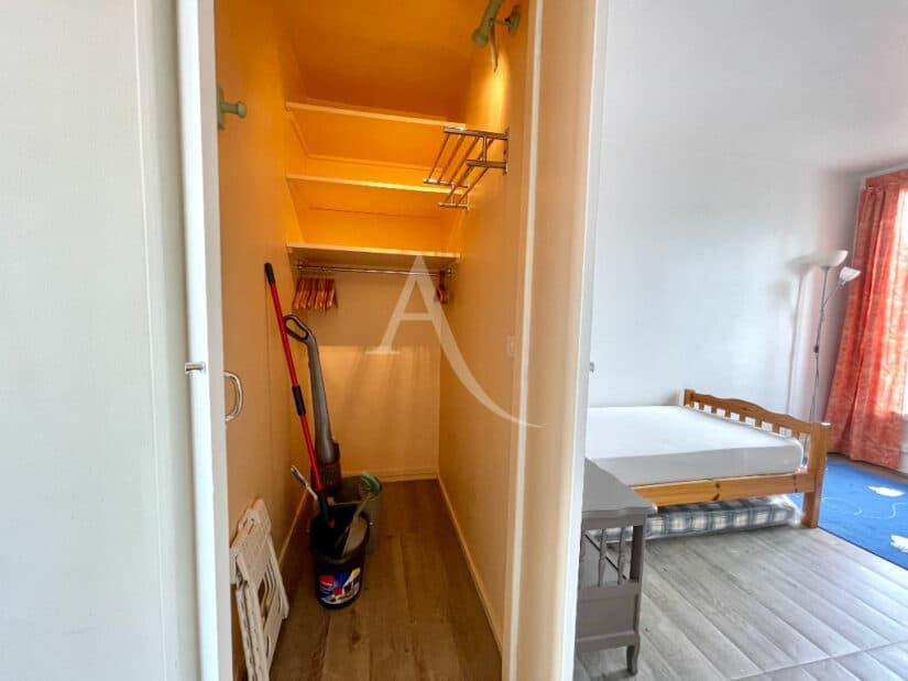 louer appartement à charenton: 3 pièces 65 m² meublé, grande penderie et nombreux rangements