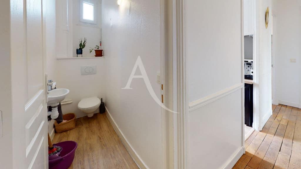immo alfortville: 2 pièces meublé 55 m², toilettes séparées avec lave-mains