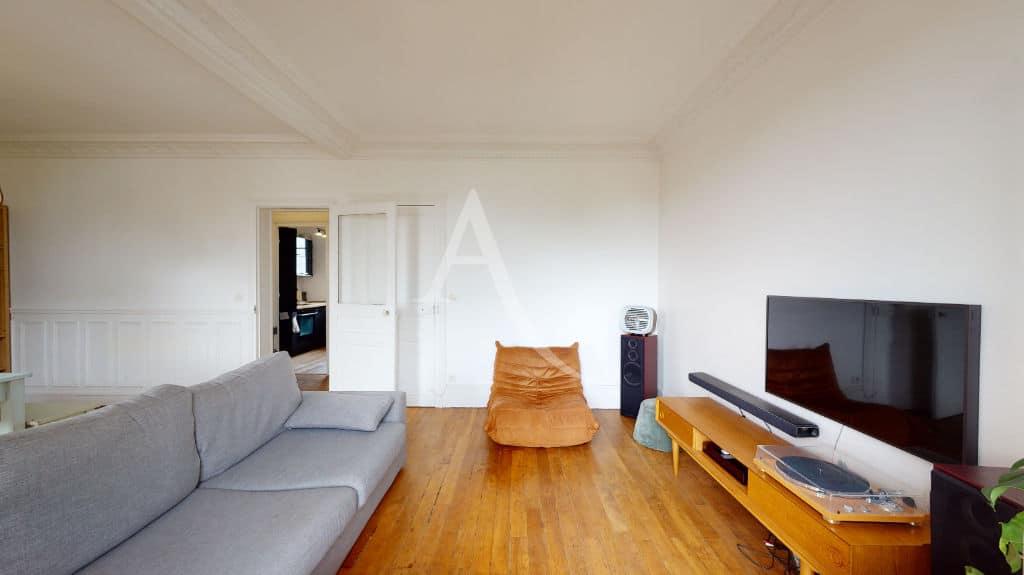 louer appartement à alfortville: 2 pièces meublé 55 m², belle hauteur sous plafond