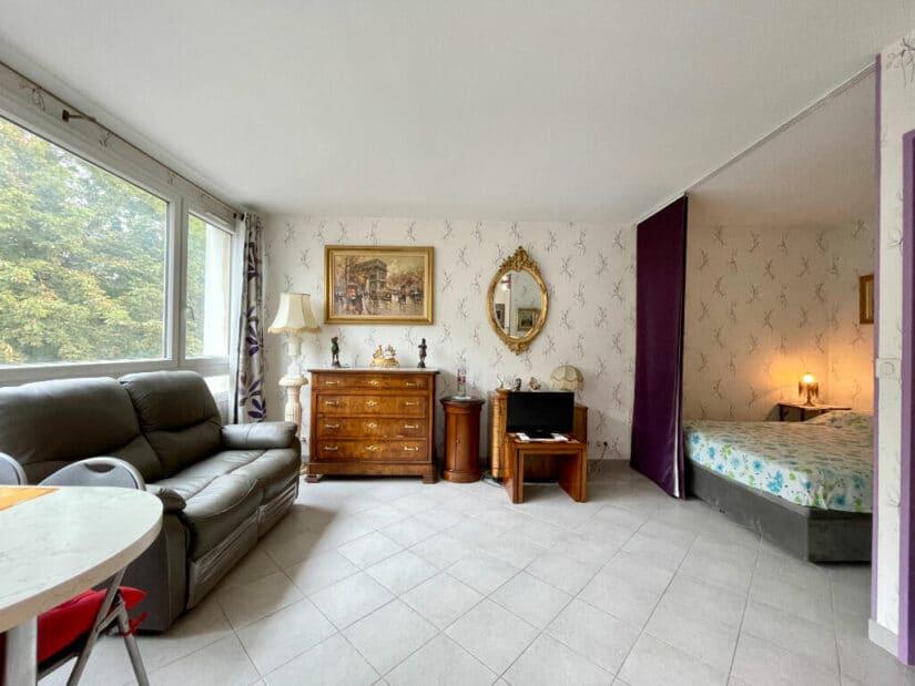 studio à vendre à maisons-alfort: 30 m² refait à neuf avec son coin chambre