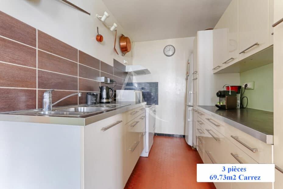 agence immobilière charenton-le-pont: 3 pièces 70 m², cuisine ouverte aménagée de 11 m²