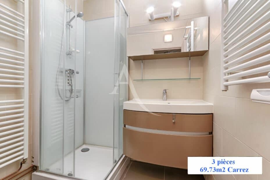 appartement charenton le pont: 3 pièces 70 m², salle d'eau et wc séparés