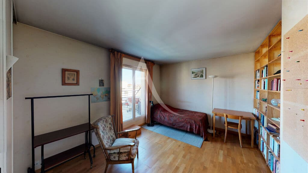 agence immo alfortville: 4 pièces 98 m², chambre avec accès terrasse, lit simple, bureau
