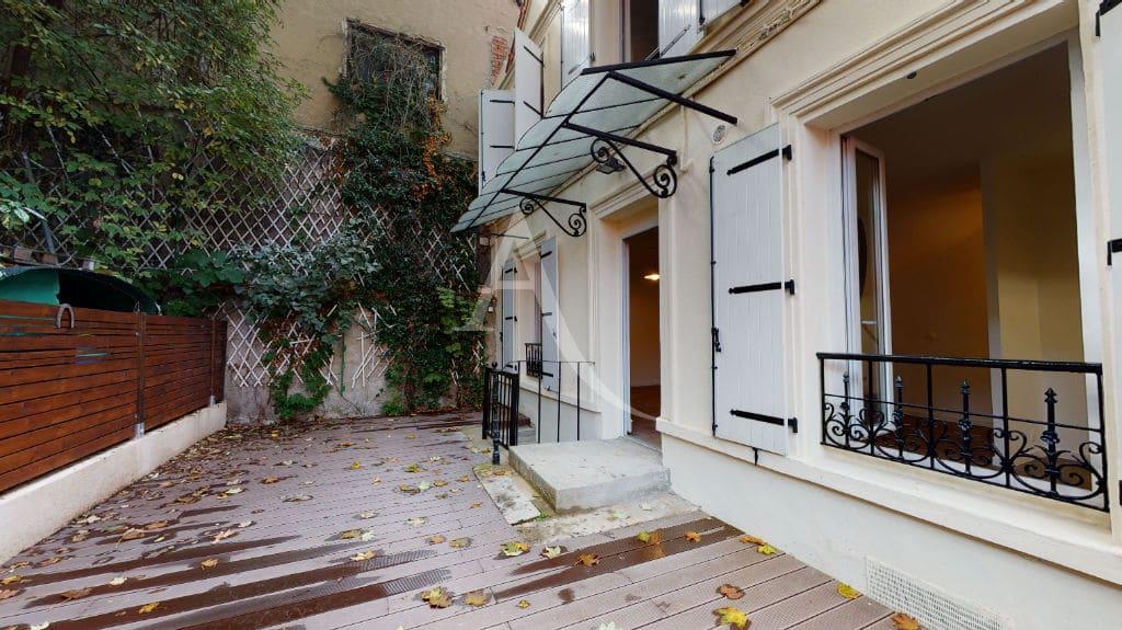 maison alfortville: pavillon à louer 3 pièces 63 m² refait à neuf avec terrasse