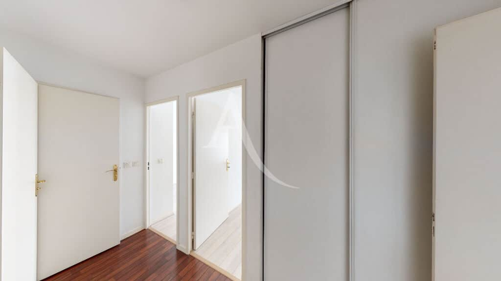 appartement maison alfort: 3 pièces 62 m², hall d'entrée avec placard