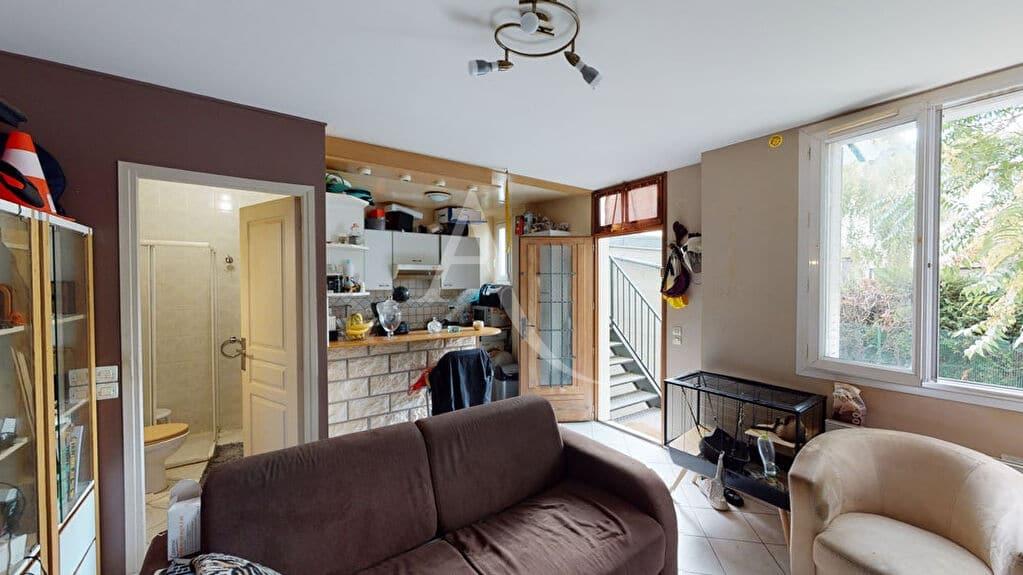 estimation appartement alfortville: 2 pièces 34 m², séjour avec cuisine ouverte