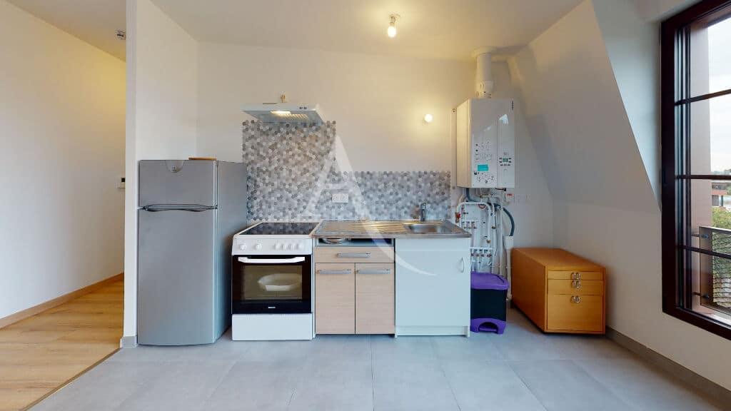 appartement alfortville location: 2 pièces 43 m², cuisine équipée frigo, cuisinière plaques vitrocéramiques