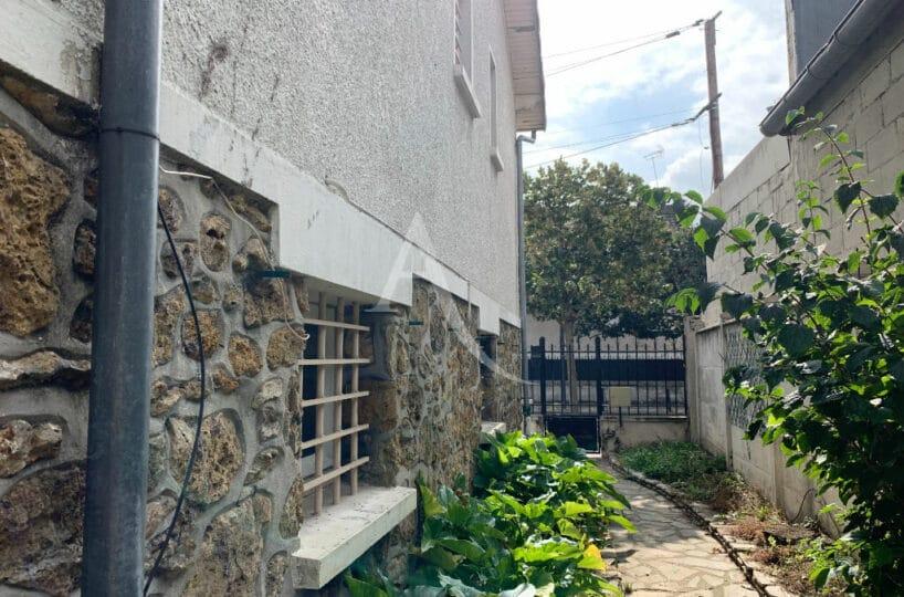 vente maison maisons-alfort: 4 pièces 119 m², avec sous sol total, proche du métro stade / juilliottes