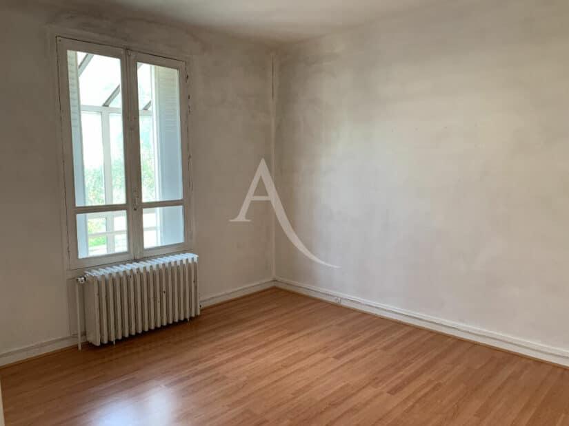 agence immo maisons-alfort: 4 pièces 119 m², chambre au rez-de-chaussée