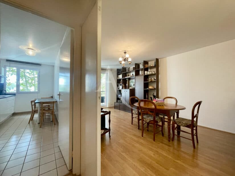 immo alfortville: appartement 3 pièces 71 m², ouverture possible du séjour pour avoir une pièce de près de 30m²